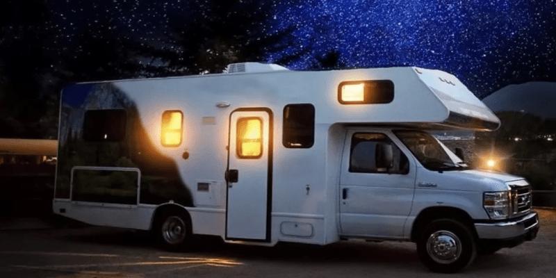 Lele Villa corsi rimessaggi camper